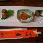 20103650 - 「飲茶ランチ」(1250円)の前菜です。