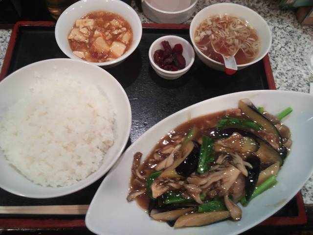 春駒 - 茄子舞茸小松菜豚肉炒め定食