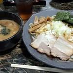 渕 - 特製つけ麺 中盛