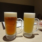 北海道はでっかい道 オホーツクの恵み 湧別町 - 白富士地ビールと緋富士地ビール(左)