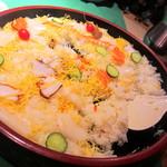 神戸ポートキッチン - バラちらし寿司。
