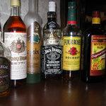 橙幻郷 - アルコールも多く取り揃えております。
