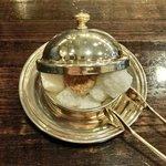 備屋珈琲店 - 季節のけーきせっと 1260円 の角砂糖