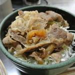 中井麺宿 - ミニ豚生姜丼¥380 お肉がやはり…煮詰めてある。