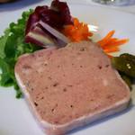 ビストロ プペ - 3)フォアグラと鶏白レバーのムース
