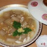 竹下 - 季節限定、鱧と白芋茎の葛引き