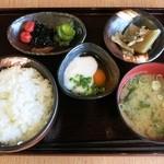 20120784 - 朝のとろ玉定食(500円)