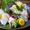 Higashishinsaibashihoozuki - 料理写真:新鮮旬魚のお造り! 毎日市場より届きます。