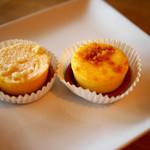 20128444 - ナチュラルチーズケーキ「:3種のフロマージュ」(右)と「カマンベールのフロマージュ」(左)