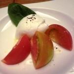 銀座Toriya Premium - フルーツトマトのカプレーゼ