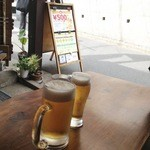 Nansuteshon - 普通サイズのビールと、セットのビール