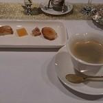 Ripaille - 菓子とコーヒー