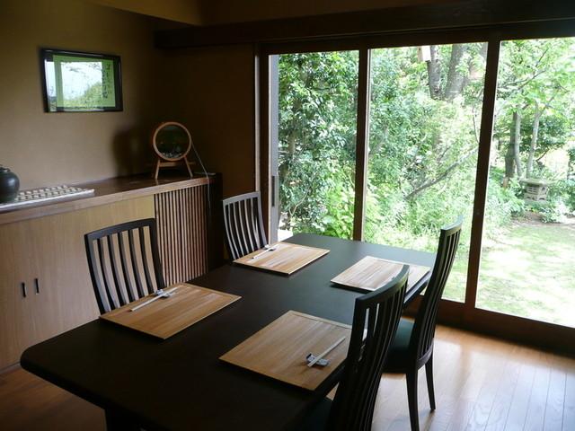 日本料理 鎌倉山倶楽部 - お庭と相模湾が見える個室です
