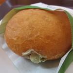 ミスタードーナツ - プレミアム抹茶あずきクリーム 147円