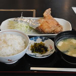 鶏の白石 - 唐揚定食