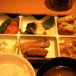 Yayoiken - 彩(いろどり)定食の6種類おかずのアップです。