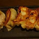 青龍門 - 爆汁焼餃子