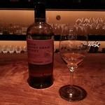 琥珀 - ニッカ・グレーンウイスキー。開店とほぼ同時期のニューリリース