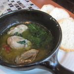 ザ バラティ オーシャンクラブ - 牡蠣とほうれん草のアヒージョ(\630-)