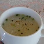 アビスカー - 白っぽいトロミのあるスープです
