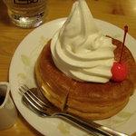 コメダ珈琲店 - 料理写真:ミニシロノワール
