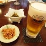 奥藤本店 - 朝から呑む生ビールは美味しい