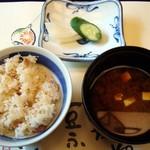 梅の花 - 季節の飯物・味噌汁・香の物