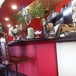 蘭 - レトロで雰囲気がいい店内。