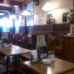 ビッグツリーカフェ - 自席からの店内