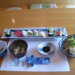 浪花寿司 - 料理写真:レディースランチ。苦手なものを先に伝えておくと変更してくれます。