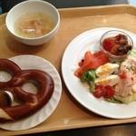 J'sベッカライ - ランチサラダ