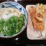 丸亀製麺 川口店 - すだちおろし冷やかけ¥330 +かしわ天¥120・なす天¥80