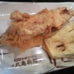 丸亀製麺 川口店 - かしわ天¥120・なす天¥80