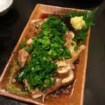 骨付鶏 ひろ - 若鶏のたたき850円