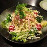 骨付鶏 ひろ - ひろサラダ700円