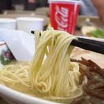 博多だるま JAPAN - 王道の極細麺