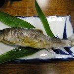 民宿 わらじ - 料理写真:(夕食)別料金でお願いした鮎