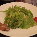 志奈そば 田なか - エビ油そばサラダ仕立て 半熟ドライトマト添え 850円