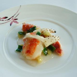 ミシュランが認めた伝統広東料理をモダンなプレゼンテーションで