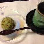 鰻割烹 伊豆栄 梅川亭 - 2013/07 抹茶あずきアイス