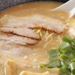 ラーメン 大和 - 料理写真:まろやかなスープは、優しい味