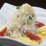 和風厨房 りゅう扇 - オープンオムレツのサラダ 525円