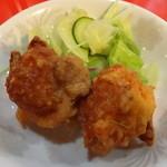 興隆 - 若鶏の唐揚げ(2コ)
