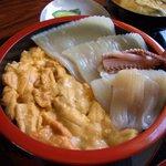 202654 - 賀老食堂:ウニイカ丼