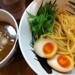 ツケメンハネウマ - つけ麺・並+味玉