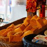 トラットリア シェ ラパン - 自家製パンも美味しかったです☆