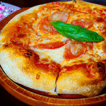 トラットリア シェ ラパン - 本場ナポリの粉を使用した人気のピッツァが美味しい~♪