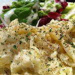 手作りのポテトサラダ