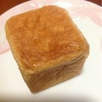 パンドノエル - パッションフルーツのクリームパン  100円