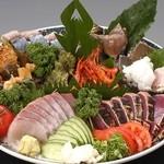 酔鯨亭 - 高知名物の皿鉢料理♪※写真はミニ皿鉢です。